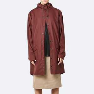 Płaszcz damski Rains Long Jacket 1202 MAROON obraz
