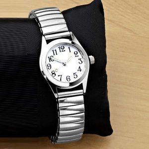 Zegarek na rękę - srebrny - Rozmiar śr. 2, 8cm obraz